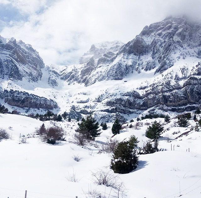 Peña Telera || by @oscaraguszgz (Instagram) #travesiapirenaica #Pirineos #Pyrénées #Pyrenees