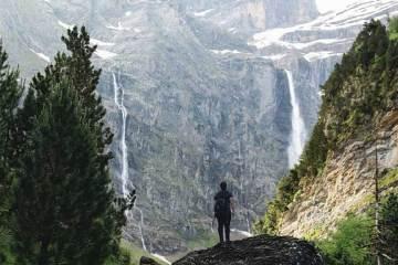 Rutas por lagos y cascadas de los Pirineos / Foto: @leiregoitia_