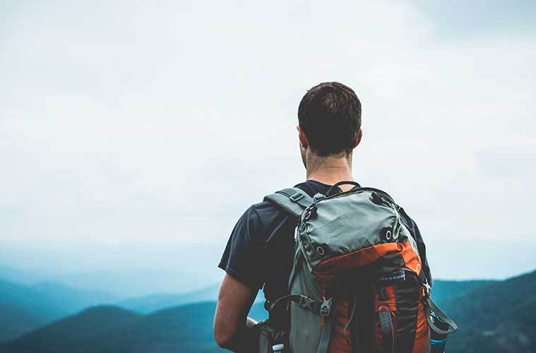 Todo lo que necesitas saber para preparar una mochila ultra ligera / Foto: Cody Black