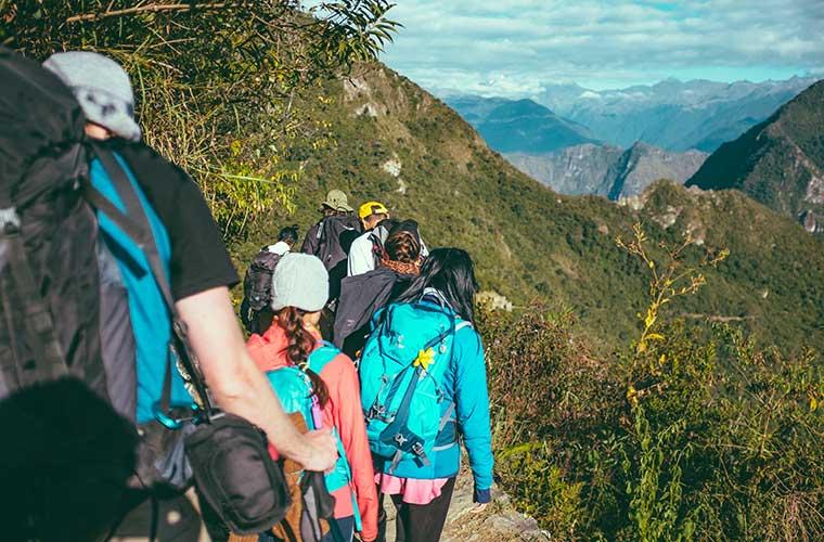 Consejos básicos que debes conocer si te inicias en el senderismo de gran recorrido / Foto: Aaron Benson / Foto: Ashim d Silva