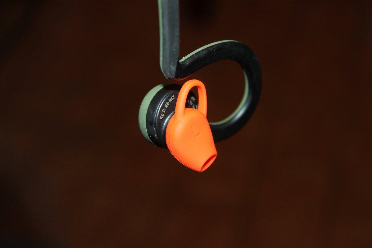 REVIEWED: Plantronics BackBeat Fit earphones - Travgear com