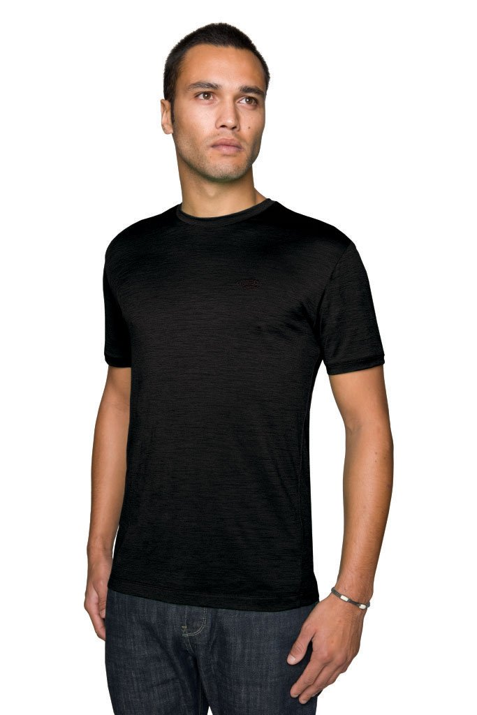Icebreaker-superfine-150-tech-t-lite quick-dry t-shirt