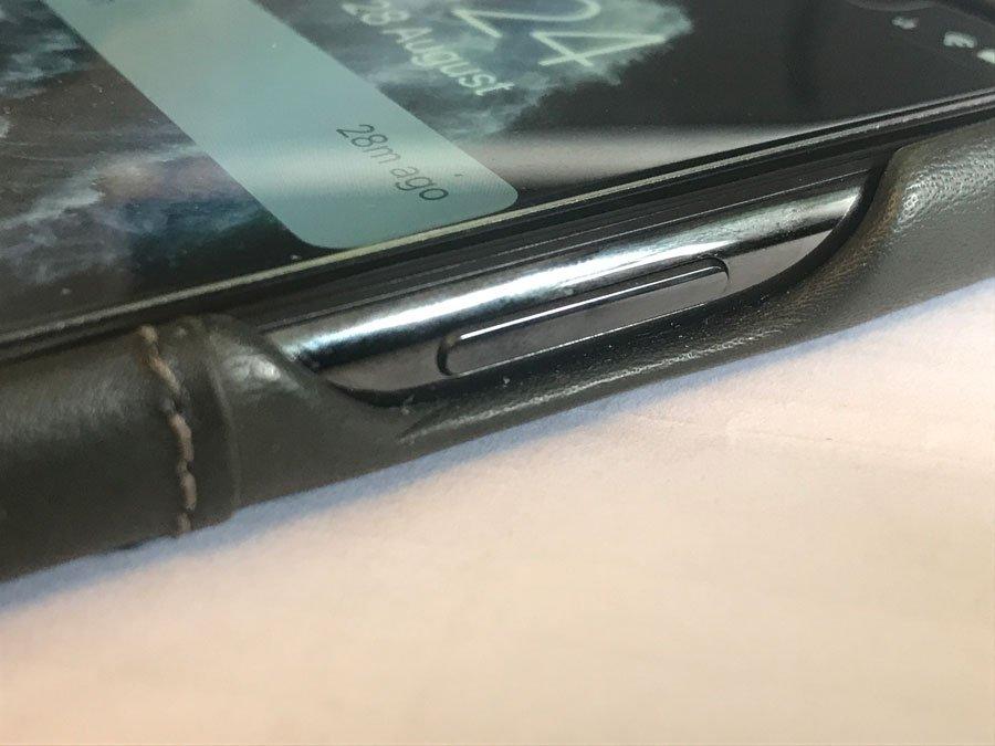 Ekster iPhone 11 Pro leather wallet case