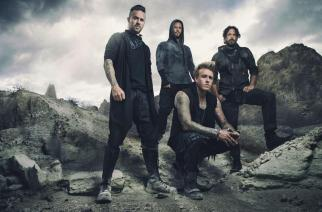 "Papa Roach Release New Song ""Crooked Teeth"""
