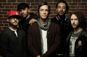 "Incubus Stream New Song ""Glitterbomb"""