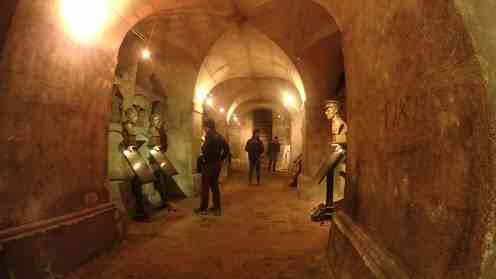Ruang bawah tanah di Republik Ceko - Tempat-tempat Unik Ini Membuat Kalian Berpikir Keras