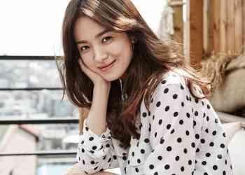 "song hye kyo - Song Hye Kyo Ternyata Tumbuh Besar Dari Keluarga ""Broken Home"""