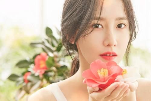 """yoona innisfree - Wajahmu Ingin Terlihat Flawless Seperti Yoona """"SNSD"""" ? 10 Tahap Menggunakan Skincare Ini Harus Kamu Lakukan"""