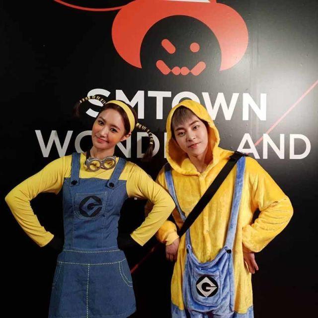 GirlsGeneration OH GG YURI dan XIUMIN EXO sebagai minion 750x750 - Seram & Lucu! Deretan Kostum Halloween Idol KPop Terbaik dan Terbaru