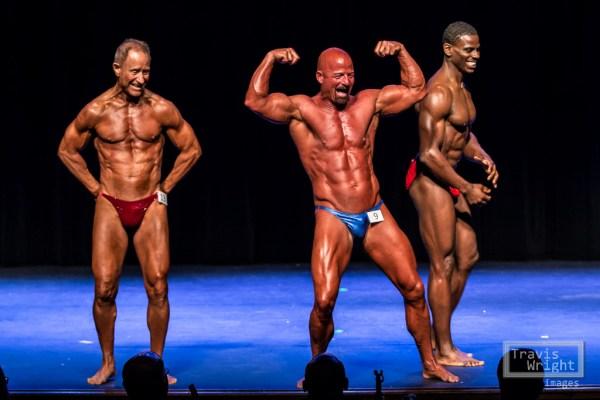 Bodybuilding Pose Off