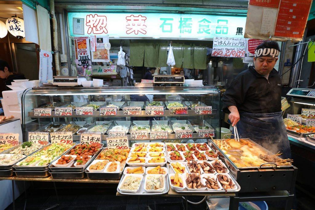 大阪黑門市場, 【大阪景點】大阪人的廚房-黑門市場 (生魚片、河豚、神戶牛必吃店家大公開!)