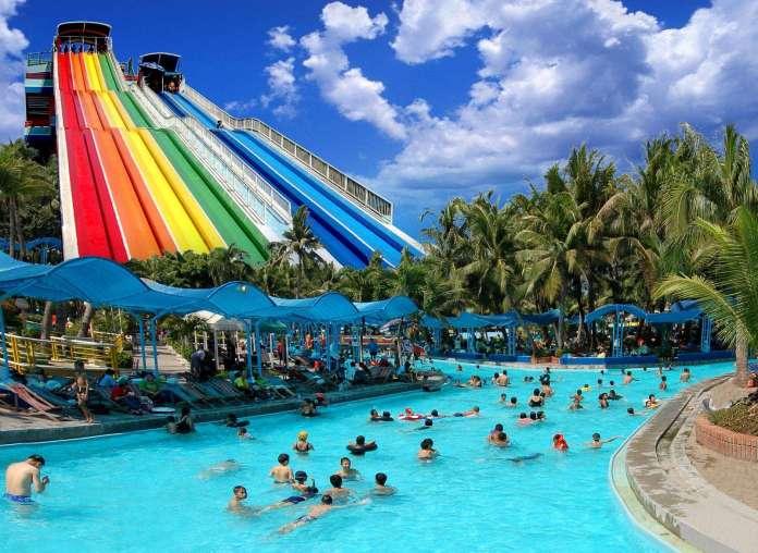 泰國暹羅樂園 彩虹滑水道