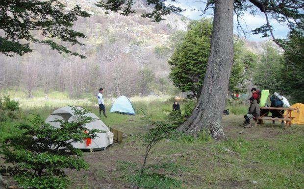 Camping Refugio Grey