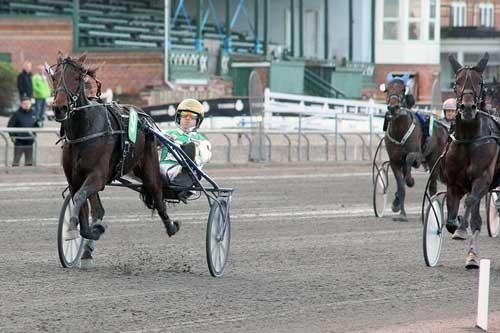 Apollo Damgård nedkæmpede sikkert længe førende Anton Tinghøj. Foto Martin Timm Holmstav