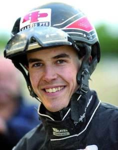 Kasper K. Andersen havde grund til at smile - også i  går på Skive Trav. Arkivfoto