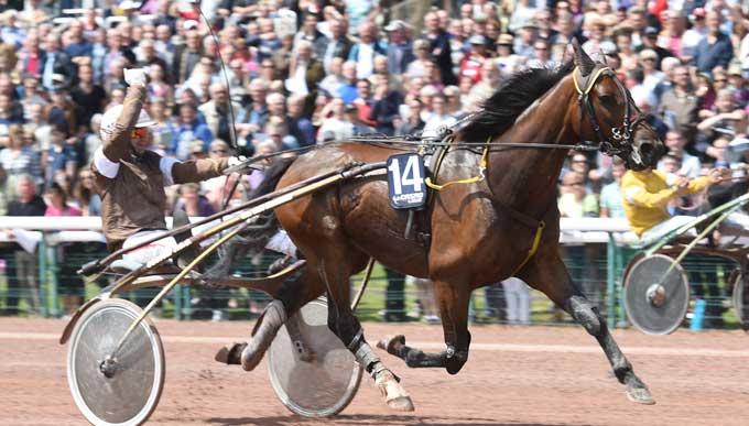 Roi de Lupin med Jean Michel Bazire vandt storløbet i Caen for andet år i træk