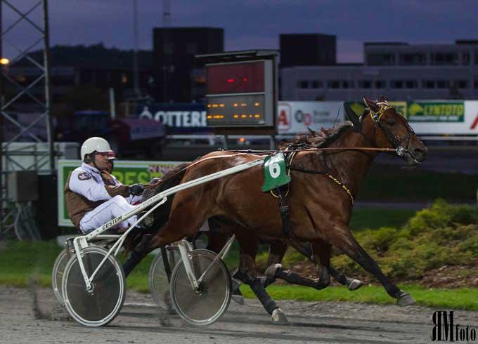 Rush Hour med Magnar Støtland ved en tidligere sejr Foto Rune Eikeland