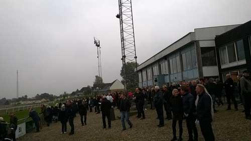 Der var stort besøg på Fyens Væddeløbsbane søndag eftermiddag