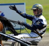 Par Mahony vandt med John Ø. trænet-hest,