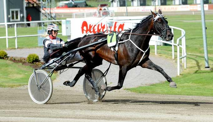 Rapide du Pommeau vinder sikkert for Linda Sedström