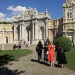 Istanbul Dolmabahce palace voorkant