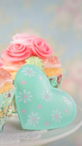 Cupcake and Heart iPhone Full HD 1080p Wallpapers Download.