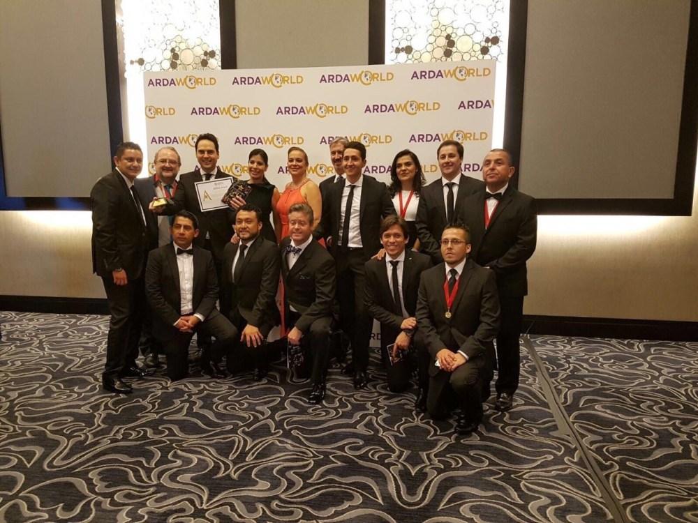 Equipo_con_ARDY_Award (1)
