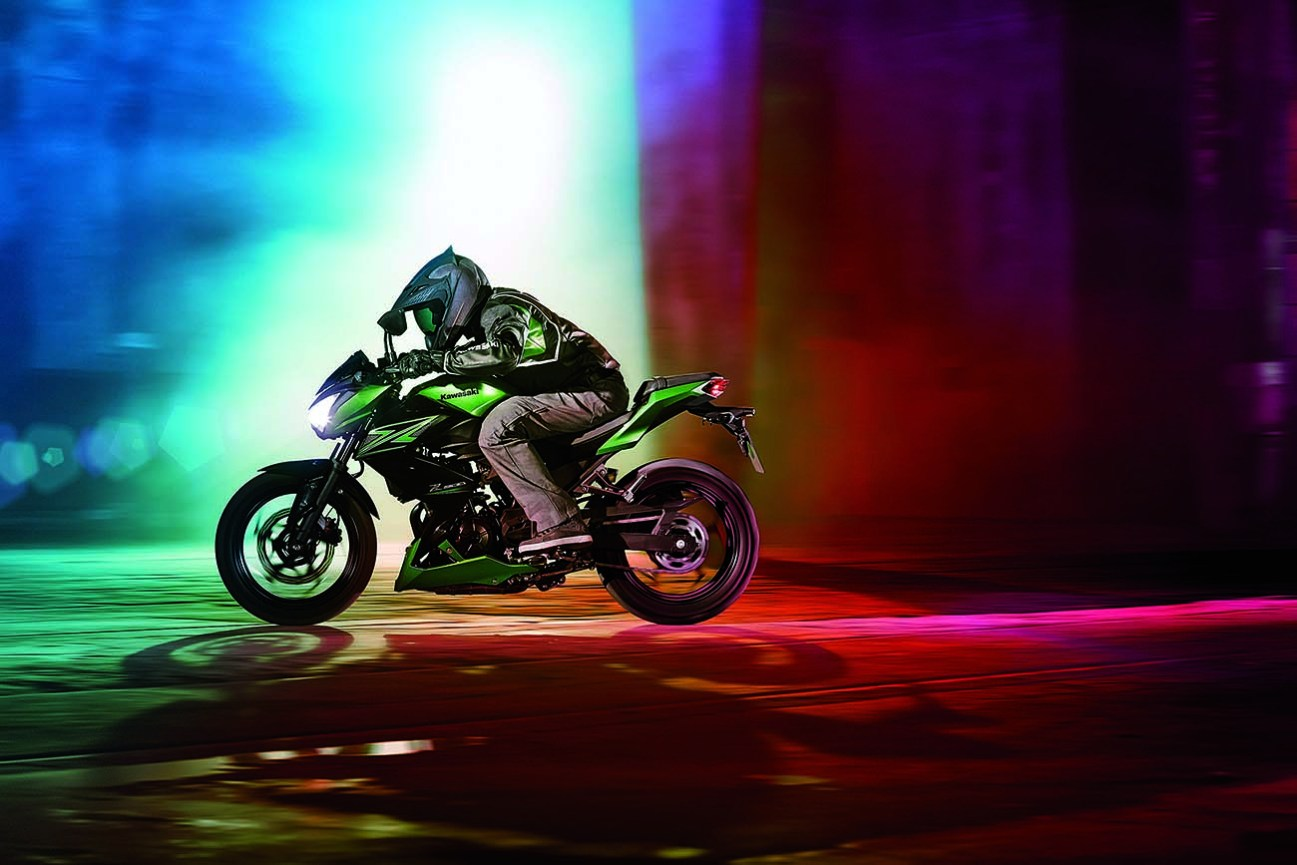 Eine Eine speziell für den europäischen Stufenführerschein entwickelte Version eines Sportlers ist die Z800 e von Kawasaki. Foto: Hersteller