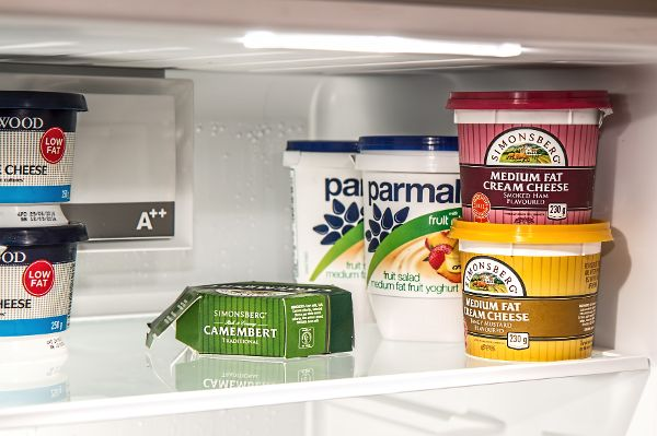 Im Kühlschrank gelagerte Lebensmittel sind mit Vorsicht zu geniessen