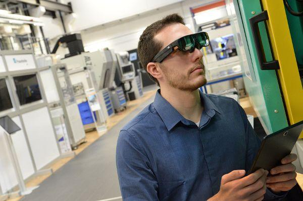 Datenbrillen am Arbeitsplatz