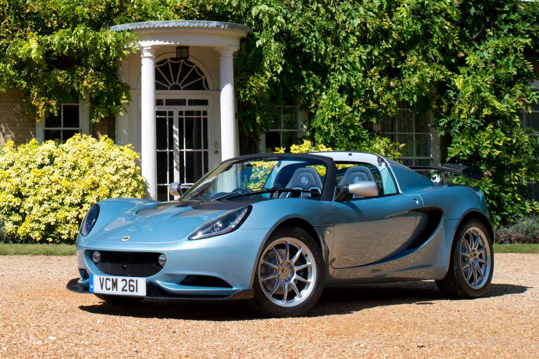 Beim Sondermodell der Elise von der Sportwagenmarke Lotus ist erst bei 248 km/h Schluss
