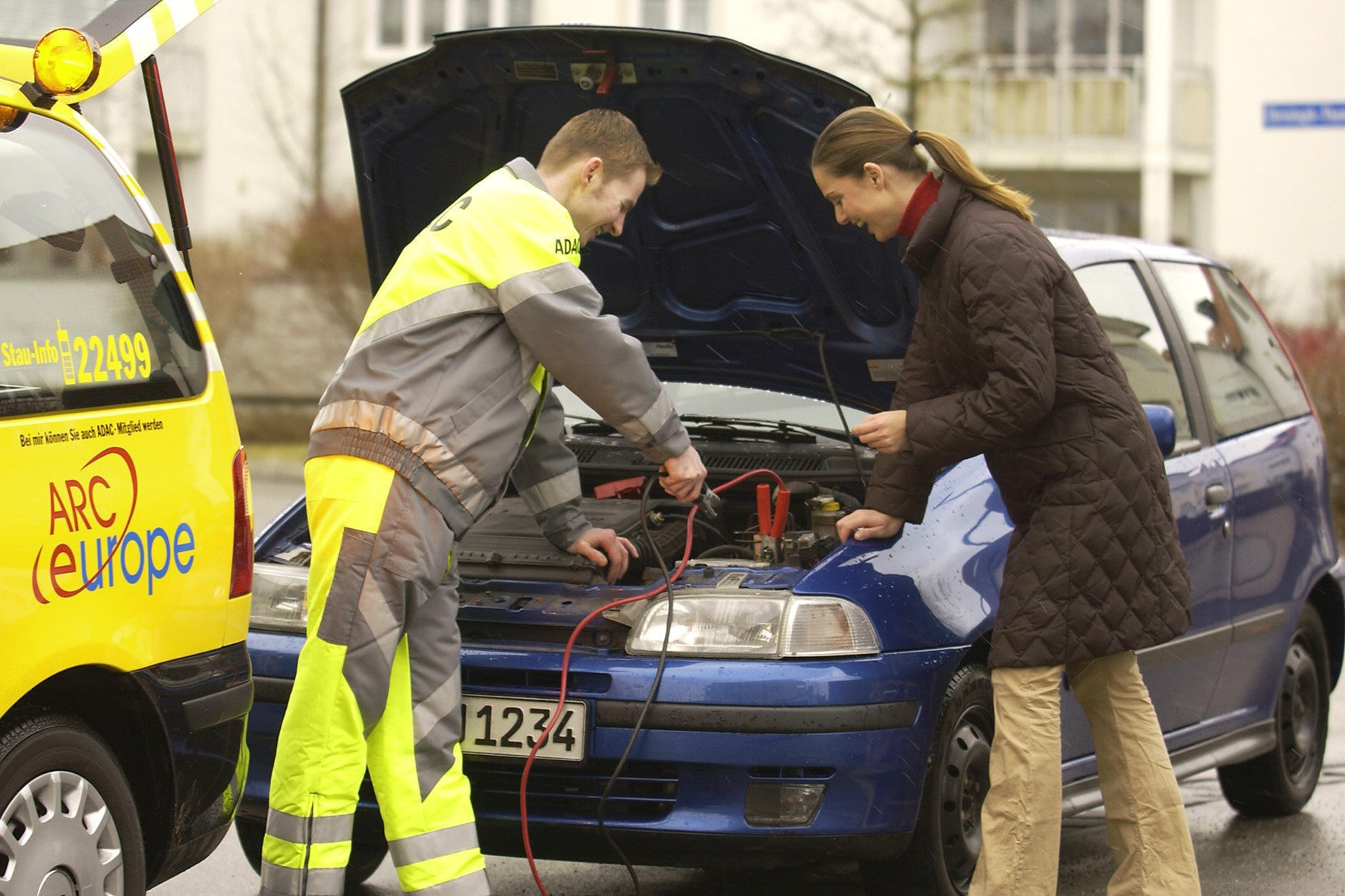 Wie schlappe Autobatterien wieder munter werden