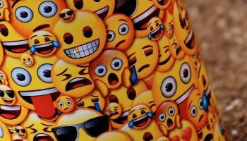Emojis rangieren in der digitalen Kommunikation nur noch knapp hinter der Schriftsprache. © Alexas_Fotos / Pixabay.com / CC0 / TRD Blog News Portal