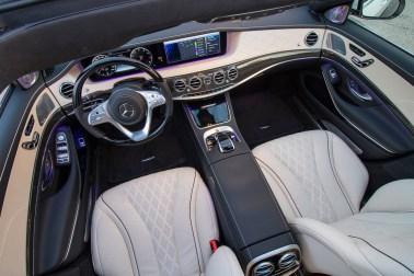 In der S-Klasse werden mit feinsten Materialien und hoher Bedienungsfreundlichkeit verwöhnt. © Daimler / TRD Auto
