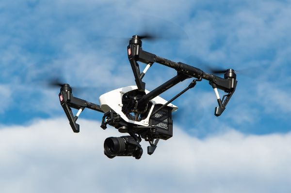 Amtliche Fluglizenz für Drohnen-Piloten