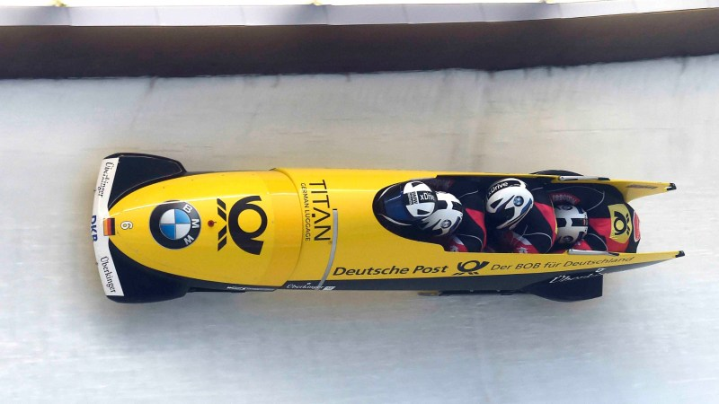 Vier Mann in einem Bob: Beim Kampf um Tausendstelsekunden spielt die Aerodynamik im Eiskanal eine entscheidende Rolle. © BMW/TRDmobil