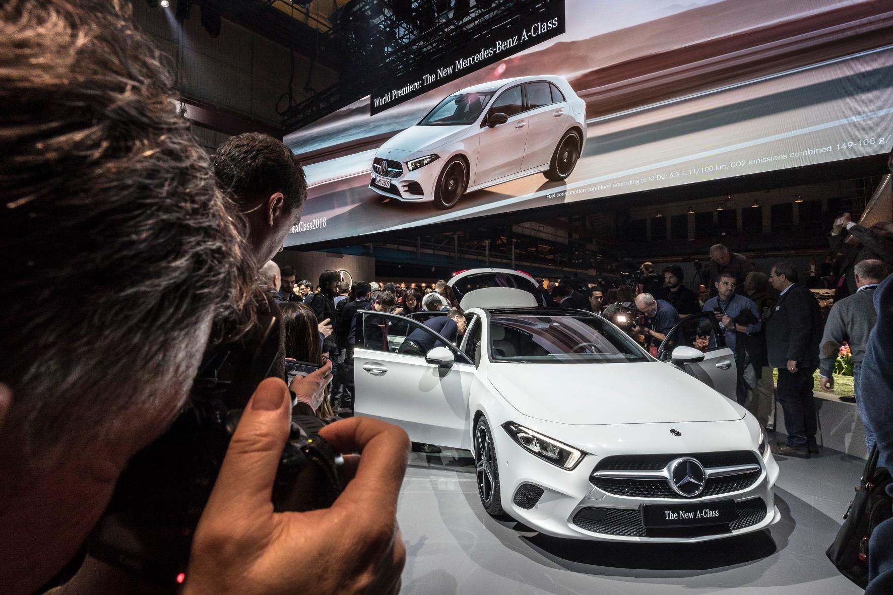 Die neue A-Klasse: Hey Mercedes!