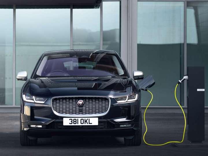 Der Jaguar I-Pace bekommt ein Update. und kann auf Wechselstrom © Jaguar / trd mobil