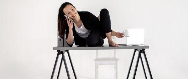 Mit Yoga im Großraumbüro entspannen
