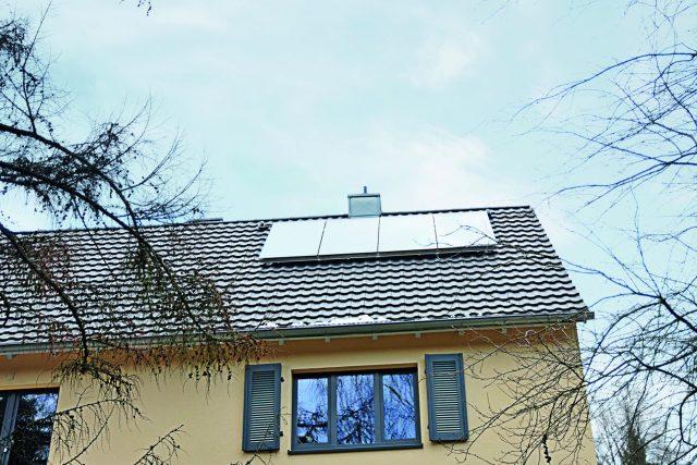 IWO-Pressefoto_Objektbericht_Fischbach_Solaranlage