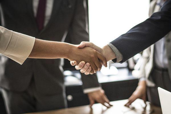 Gehaltsangabe im Stellenangebot bietet Bewerbern Vorteile
