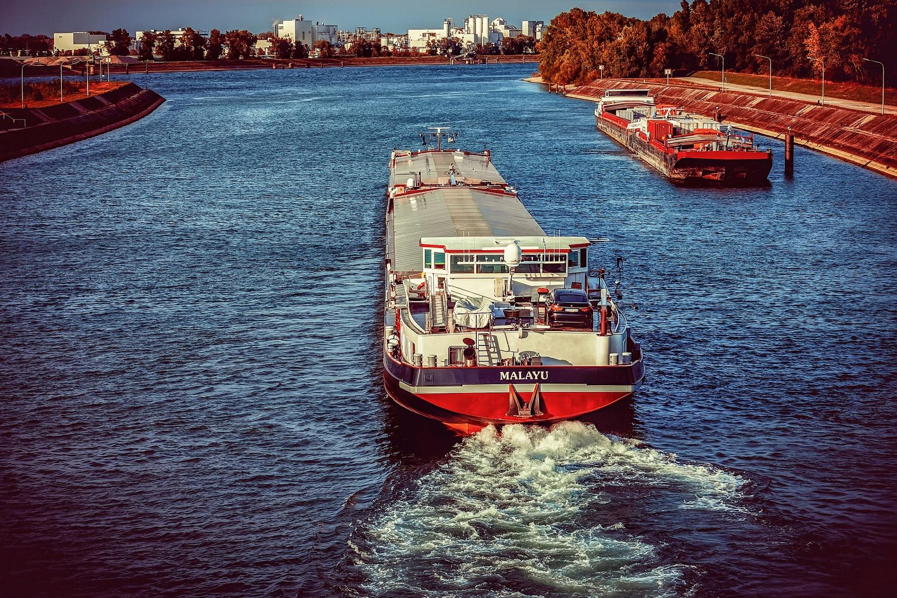 Tempolimit für Autos und Rheinschifffahrt erhitzen die Gemüter