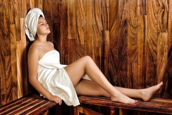 Sauna bringt das Blut in Wallung