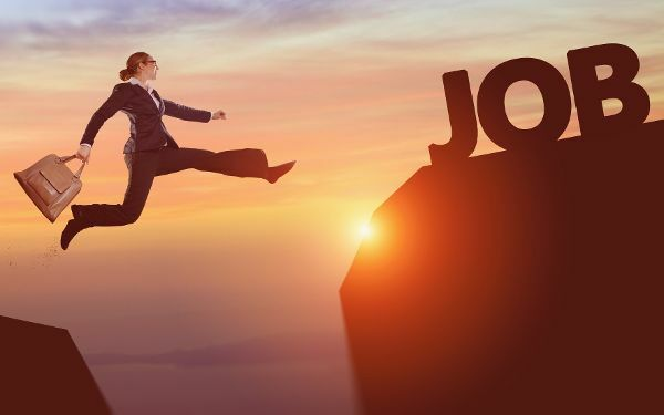 Ortswechsel können sich positiv auf die Karriere auswirken.