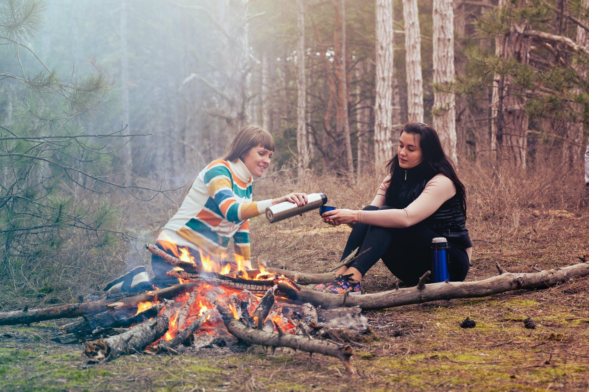 Beim Camping in der Wildnis sind Ordnungsgelder und Haftstrafen möglich