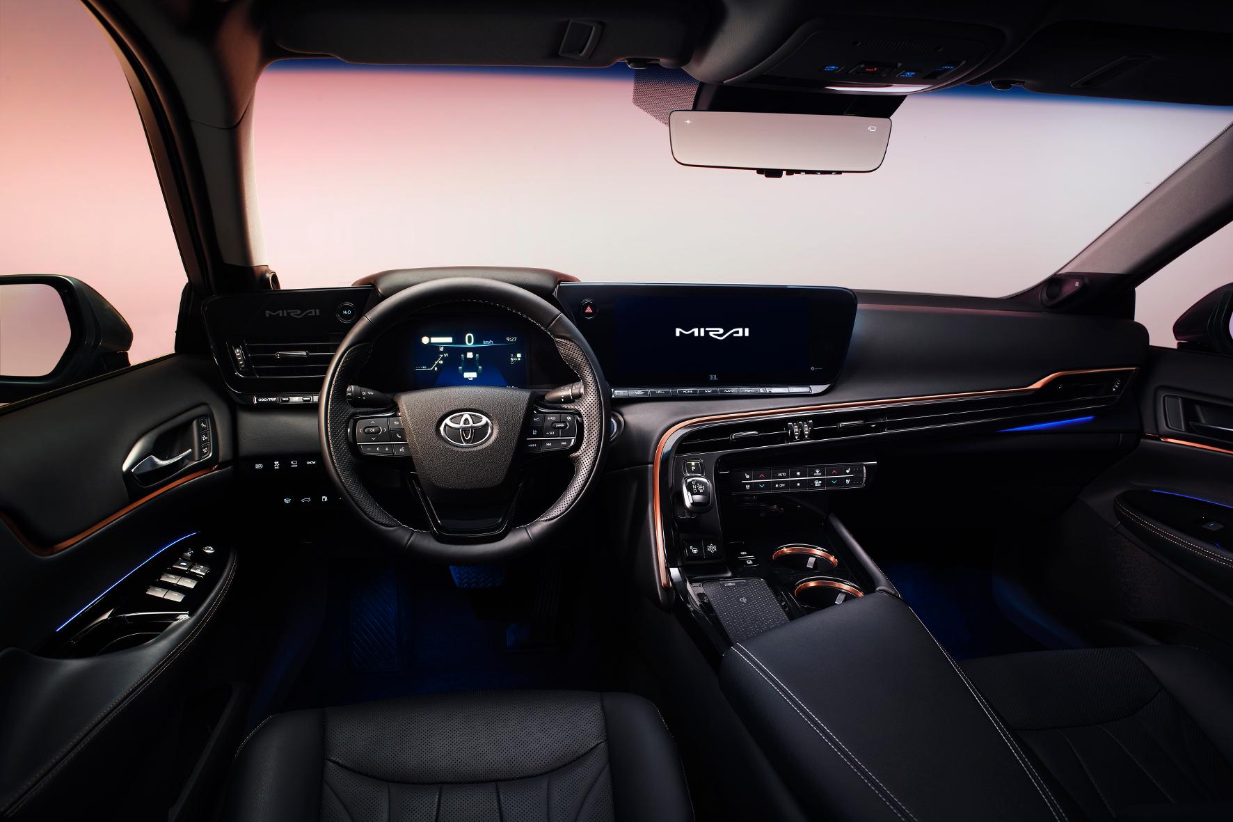 Im Brennstoffzellen-Auto im Alltag unterwegs