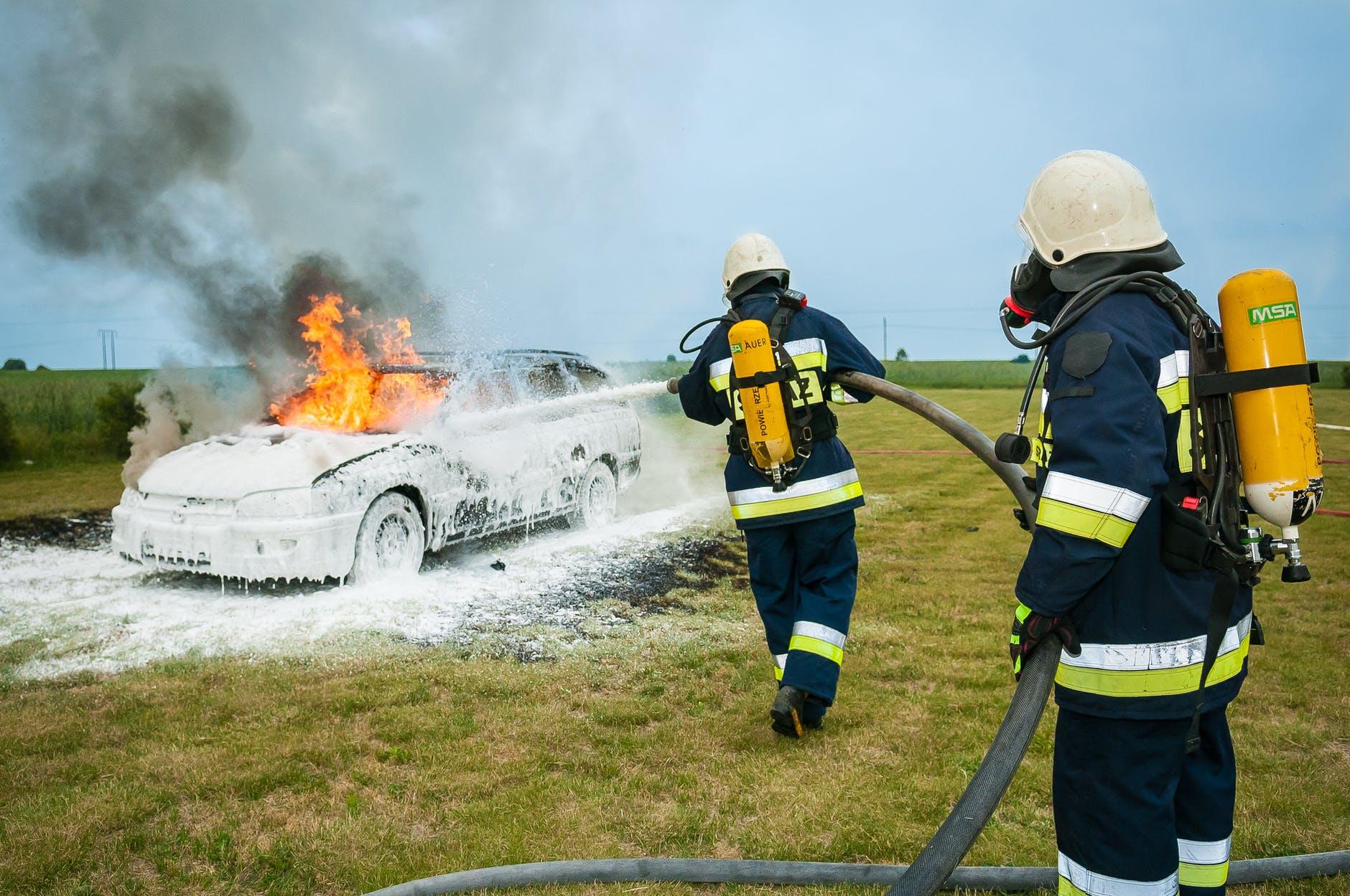 """Unfallforschung: Elektroautos noch mit """"Burnout-Syndrom""""?"""
