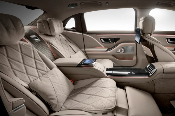 Die hinteren Einzelsitze des neuen Maybach bieten maximalen Luxus. © Daimler / trd mobil