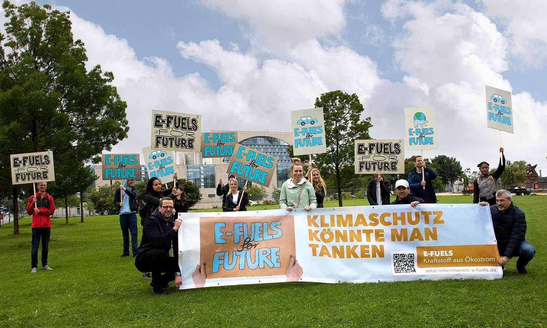 Mittelständische Unternehmen fordern: Die Politik muss auch auf E-Fuels setzen!