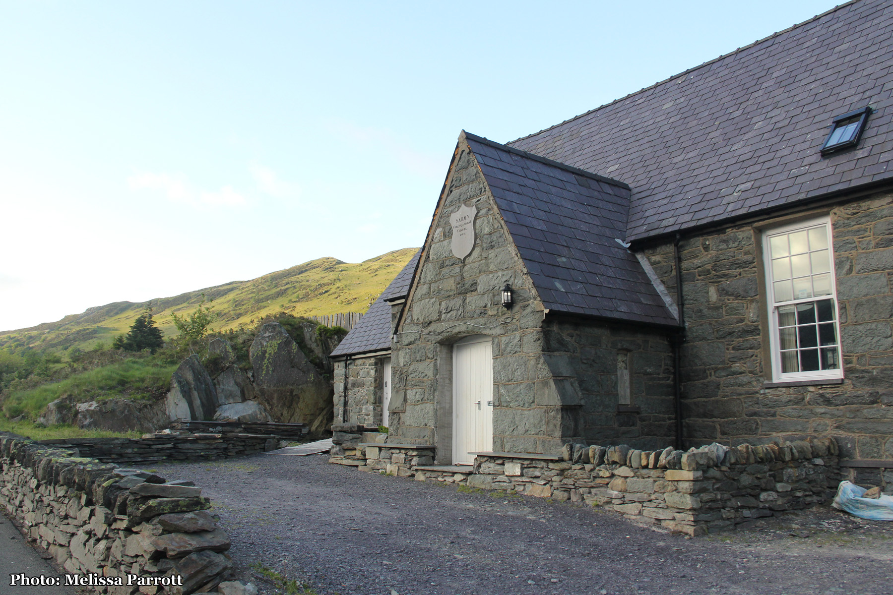 Tyn-y-Maes / Ogwen Valley Bunkhouse: My home for the next 2 nights.  Turns out I had the bunkhouse all to myself, as the groups weren't coming until the weekend. My own private kitchen, living room, bathroom and choice of 15 beds!  I chose the bunk with the view of the mountains and sheep.
